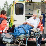 joe-medics after car accident